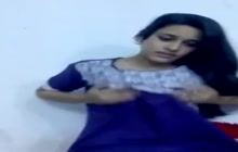 Indian pretty girl masturbating