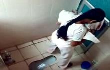 Voyeur cam in toilet